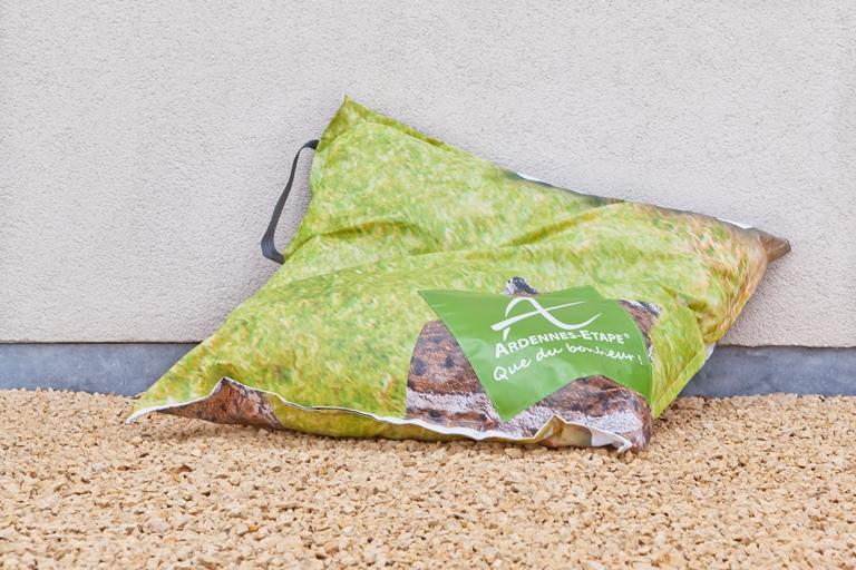pouf-ardennes-etape-recyclage,materiel-promotionnel